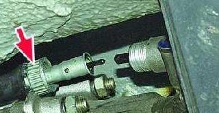 Подключение тросика спидометра к редуктору на ВАЗ-2105