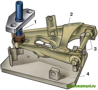 Проверка деформации верхних и нижних рычагов подвески ВАЗ-2101