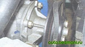 Проворачивание шкива насоса для полного одевания ремня генератора