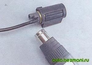 Разогрев пластиковой трубки электробензонасоса