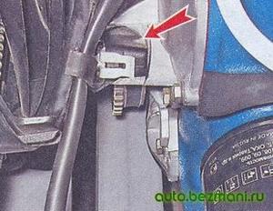 Расположение датчика положения коленчатого вала ВАЗ