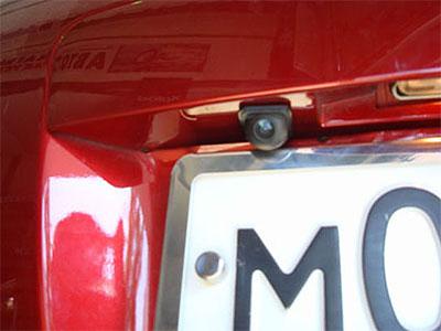 Универсальная камера заднего вида на автомобиль
