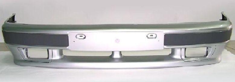 Передний бампер ВАЗ-2114 с прорезями для противотуманных фар