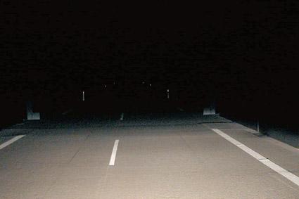 Распределение света противотуманных фар Hella Micro DE