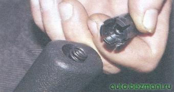 кнопка рычага стояночного тормоза