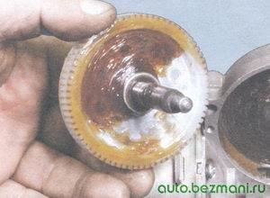 шестерня редуктора электродвигателя стеклоочистителя