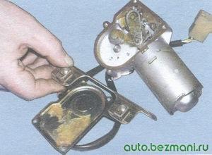 крышка редуктора стеклоочистителя