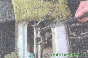 гайка крепления трубки подачи топлива