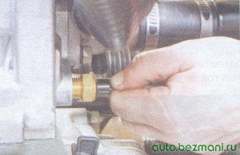 датчика температуры охлаждающей жидкости (ДТОЖ)
