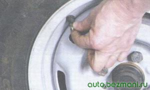 защитный колпачок золотника нипеля колеса