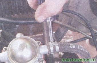 шланг подачи топлива бензонасоса