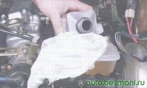 доливка тормозной жидкости