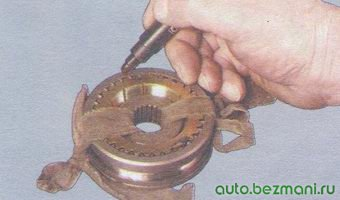 маркировка блокирующих колец синхронизатора относительно муфты синхронизатора